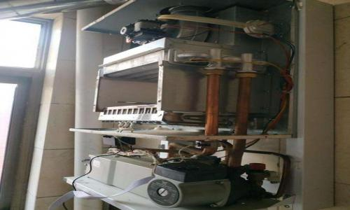 青白江区法格壁挂炉维修服务电话--润耀服务部