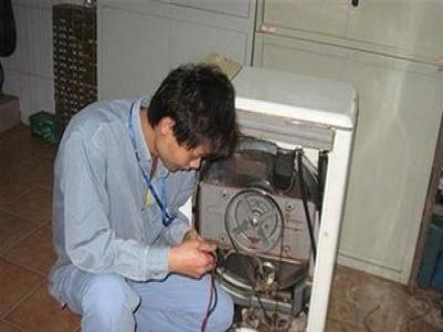 雨花台区美的空调维修电话(全国24小时)--扬识服务网点