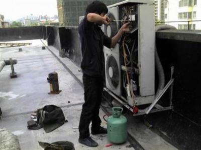 成都格力空调维修电话--公如聚维修服务中心