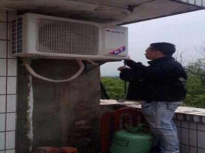上海美的空调内机清洗哪儿有