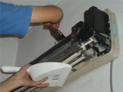 济南美的空调维修电话(全国24小时)--同益服务网点
